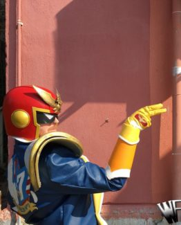 captain falcon cosplay