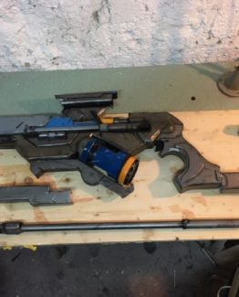 Ana Amari League of Legends gun