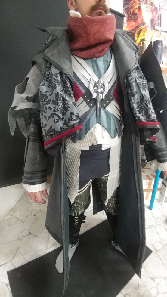 Ardyn Izunia costume complete ,with wings props