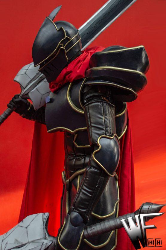 Momonga armor cosplay